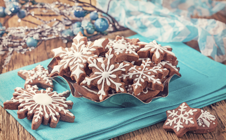 Das Plätzchenbacken gehört hierzulande wie der Adventskranz und der Adventskalender einfach zur Vorweihnachtszeit dazu.