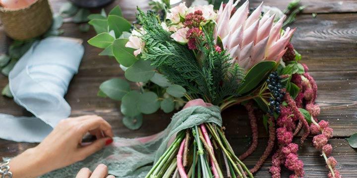 Blumenstrauß selber binden: Mit dieser Anleitung klappt's ganz einfach!