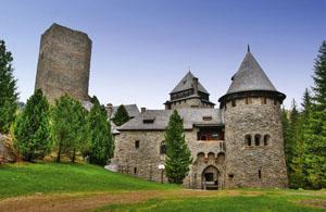 Burg_Finstergruen