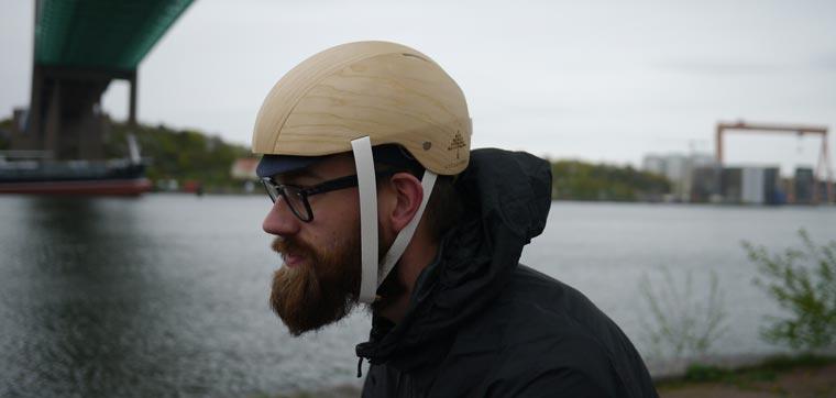 Einen Prototyp für einen Holz-Helm gibt es bereits.