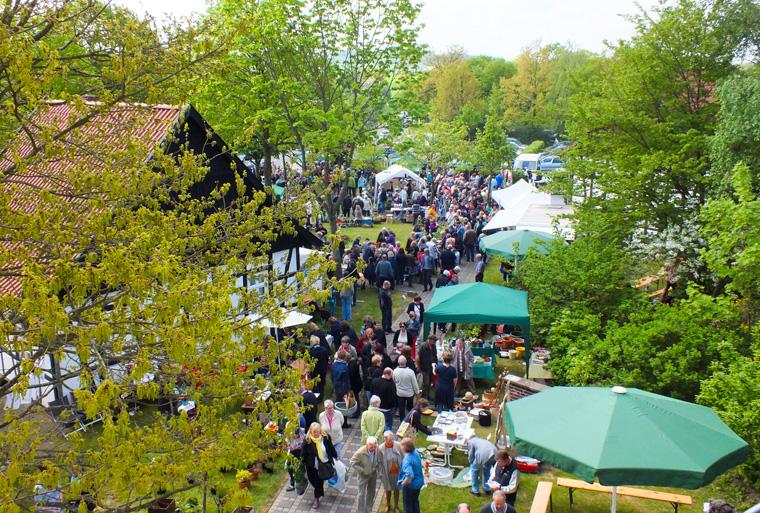 Löhner Gartenflohmarkt