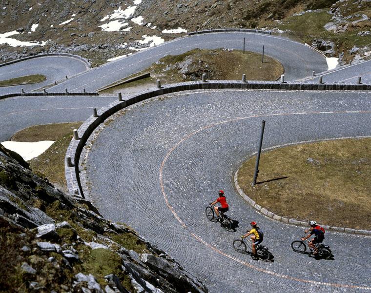 Die Gottardo Bike Tour von Andermatt nach Biasca