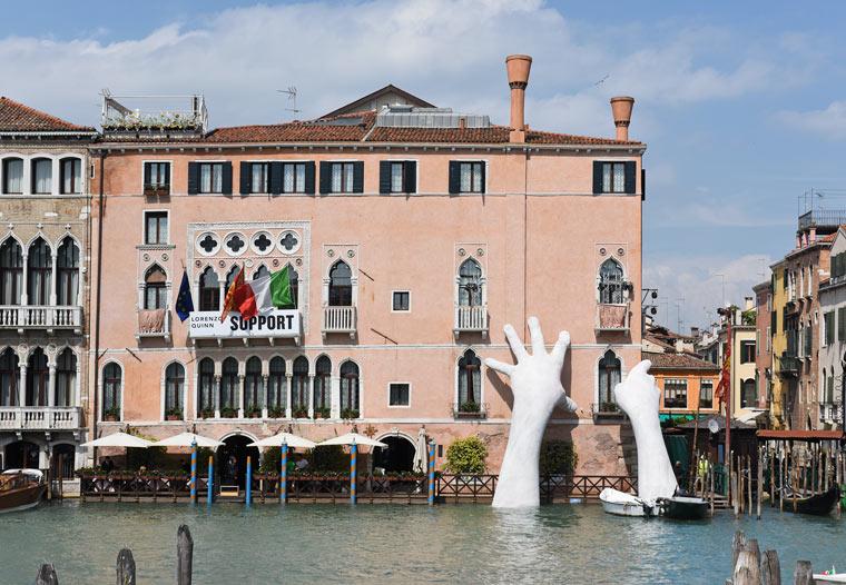 Eine gigantische Skulptur als Symbol gegen den Klimawandel
