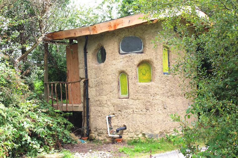 Zu den ökologischsten Unterkünften gehören Häuser aus Lehm.