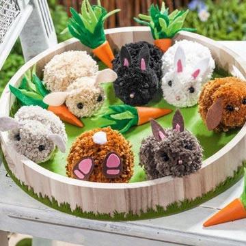 Kreatives Osterbasteln: Süße Pompon-Osterhasen
