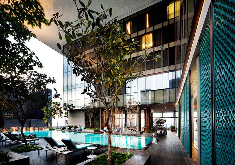 Pool Oasia Hotel