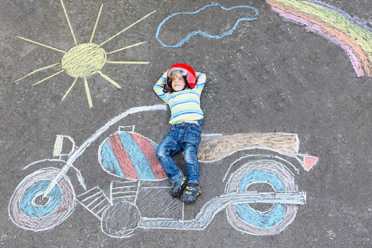 Straßenmalkreide für Kinder selber machen ohne giftige Chemikalien