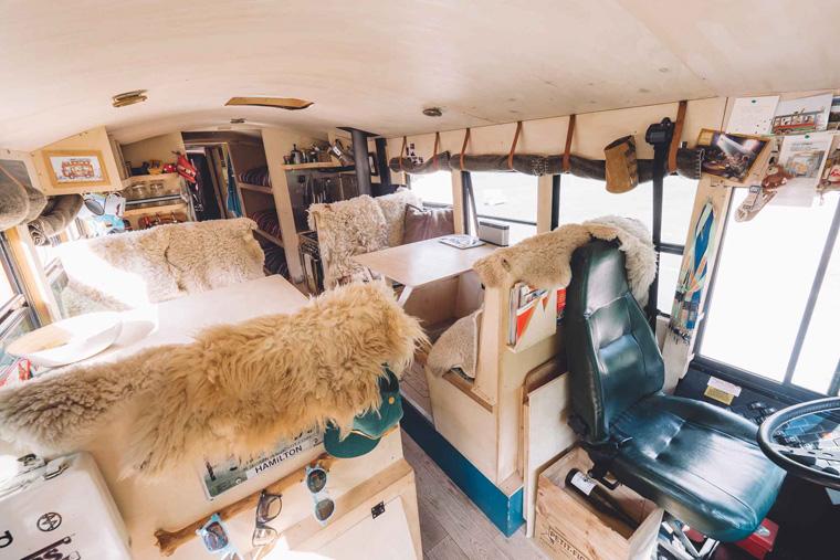 Wohnzimmer von The Nomads Bus