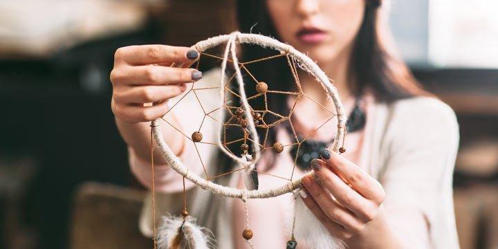 Traumfänger basteln Anleitung: Boho Hippie Traumfänger selber machen