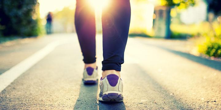 Zu Fuß unterwegs - Die positiven Effekte des Laufens