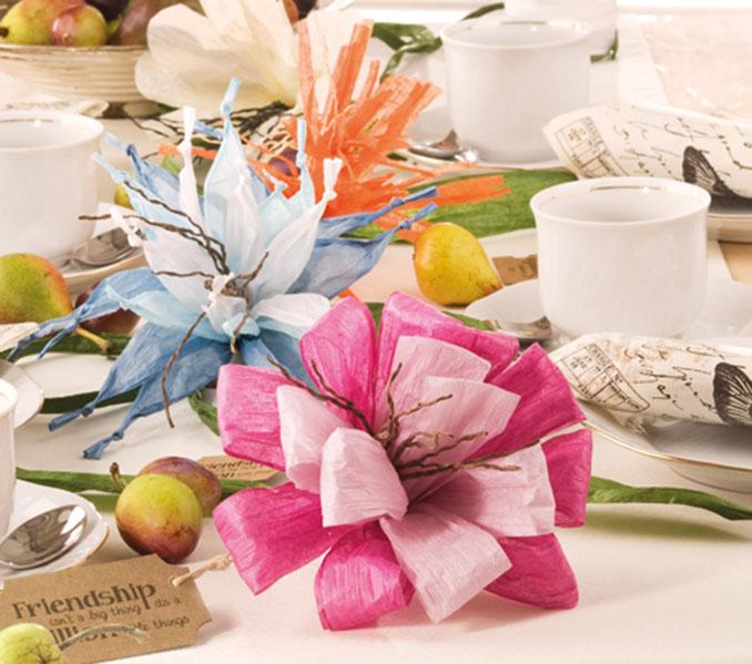 Ein zeitloses Tisch-Gedeck aus Papierbast © efco