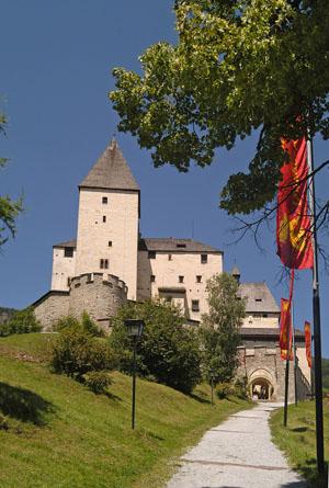 Burg_Mautendorf
