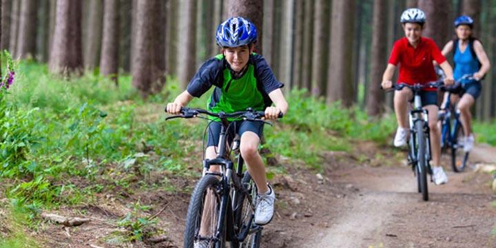 Sichere Fahrradhelm kaufen: Worauf Sie achten müssen!