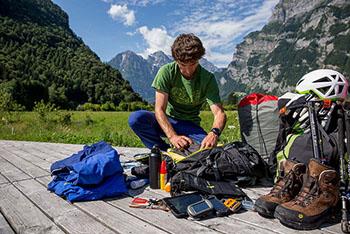 Zur Vorbereitung auf einen Trip empfehlen wir auch die Kleidung zu inspizieren © jackwolfskin.com