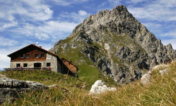 Hüttenbesuch - Übernachten im Gebirge