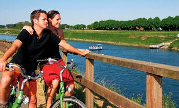 Allein, zu zweit oder in der Familie. Das Limburger Land ist optimal für Fahrradliebende ©Tourismusbüro Limburg