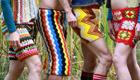 Bunte Hippie Strickmode neuester Trend