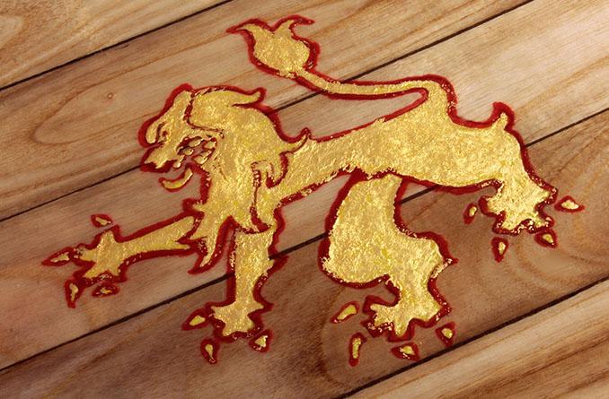 Der Löwe ist aus echtem Gold © Roy Stuart