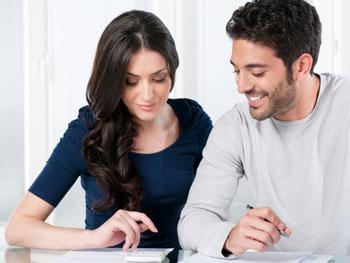 Eheleute können einmal pro Jahr die Steuerklasse wechseln. Stichtag ist der 30.11.2013 © Francesco Ridolfi (iStock)