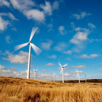 Auch innerdeutsche Windkraft-Anlagen werfen hohe Renditen ab © Stockbyte (thinkstock)