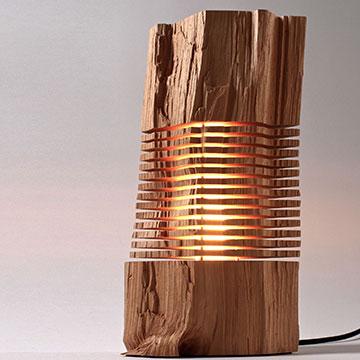 Schönheit der Natur: Designer Lampen aus Brennholz