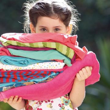 Gift in Discounter-Kinderkleidung