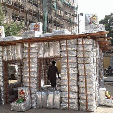 Recycling-Häuser aus Plastikmüll