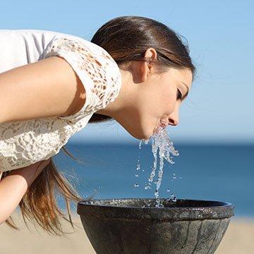 Heil-, Leitungs- oder Tafelwasser. Was ist gesund?