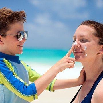 Wie sinnvoll ist UV-Schutzbekleidung wirklich?