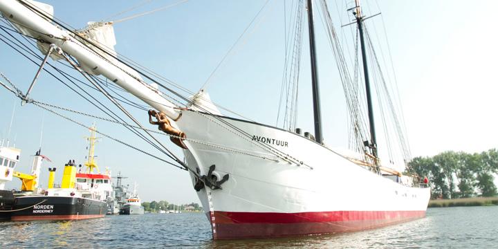 Die Revolution beginnt mit einem Segelschiff