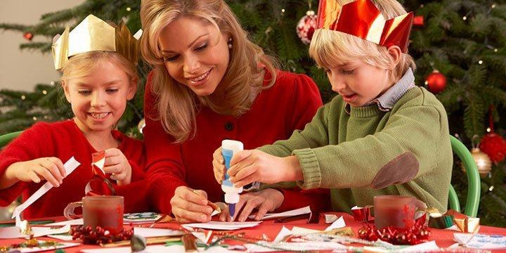 Basteln mit Kindern: Tannenbäume für Weihnachten