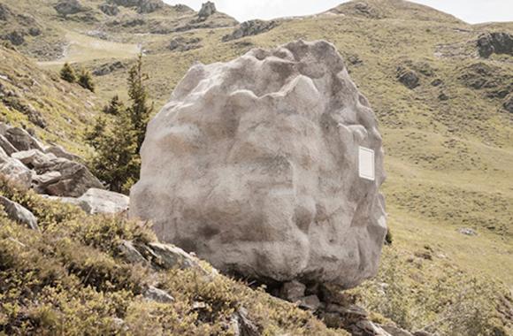Antoine: Der bewohnbare Felsen