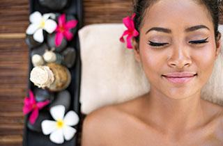 Moringaöl - Altes Kosmetikwunder neu entdeckt