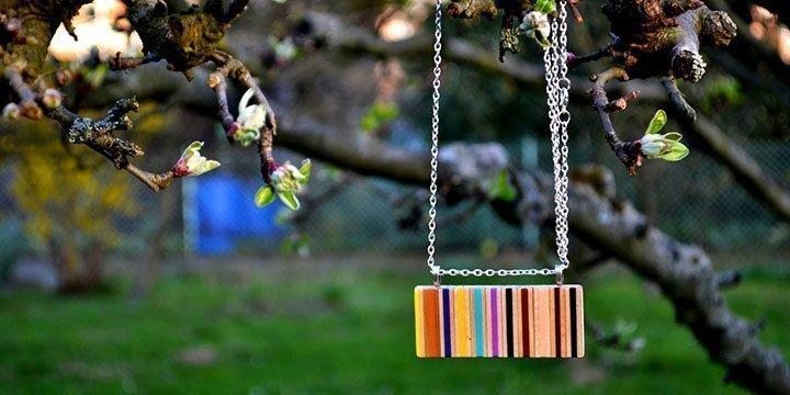 Upcycling : Einzigartiger Schmuck aus Buntstiften