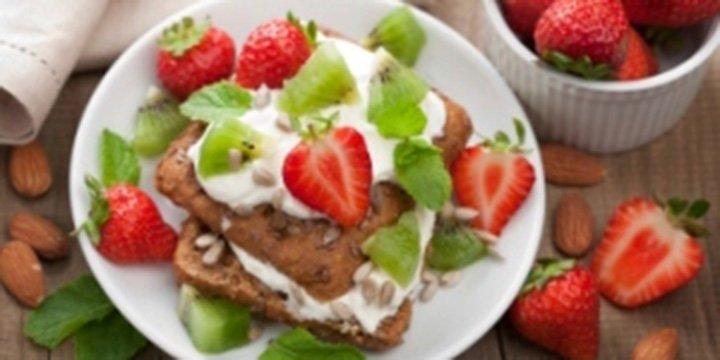 Kiwi-Erdbeer-Sandwich