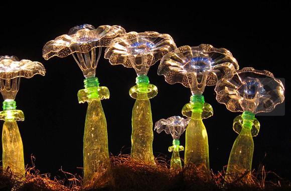 Plastik mal nützlich, Kunst aus recycelten PET's