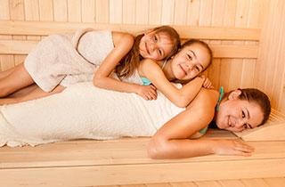 Familienfreizeit: Mit Kindern in die Sauna