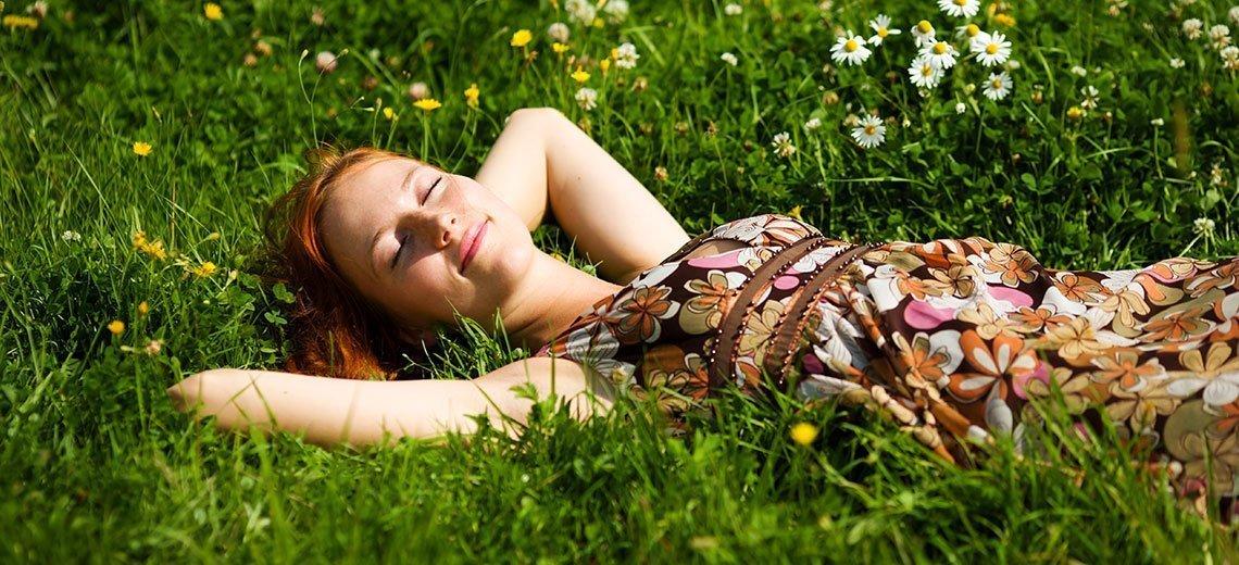 Chronisch müde und schlaflos? 10 Tipps dagegen!
