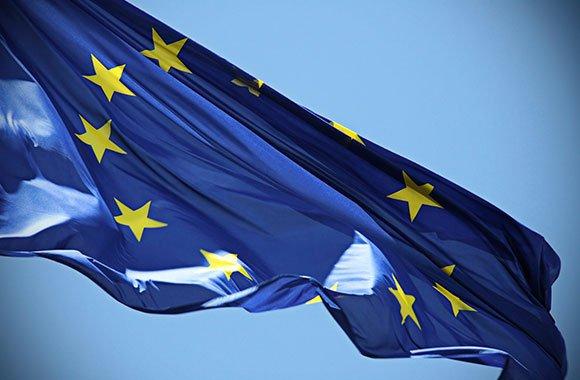 Neues Geld der Euro wird getauscht