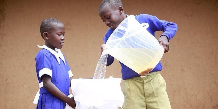Spendenaktion: Sauberes Trinkwasser rettet Leben