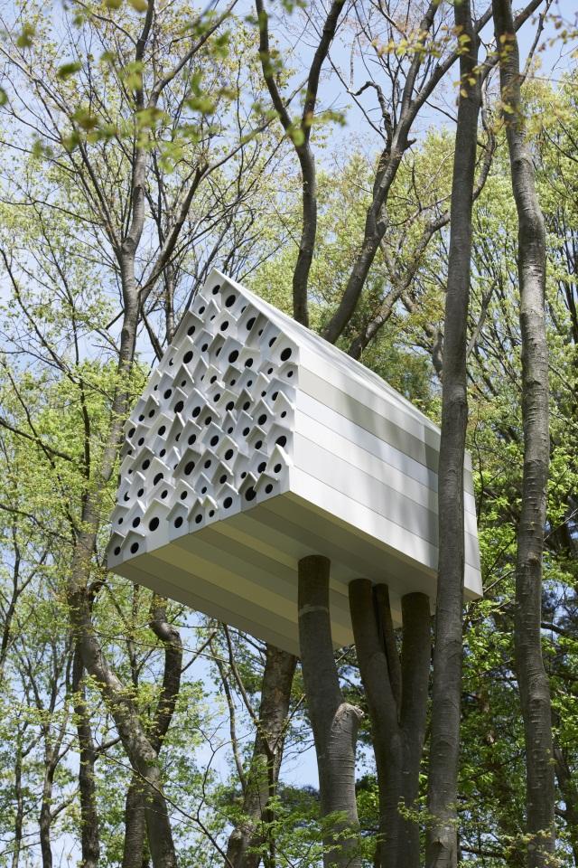 vogelhaus design nendo baut apartmenthaus für voegel, Garten und erstellen