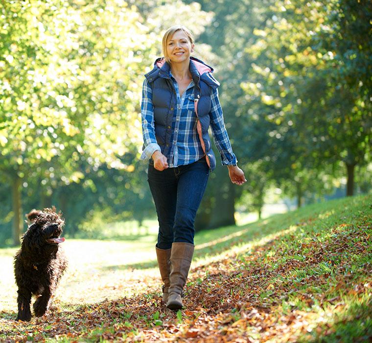 Verdauungsspaziergänge helfen dem Darm beim verdauen.