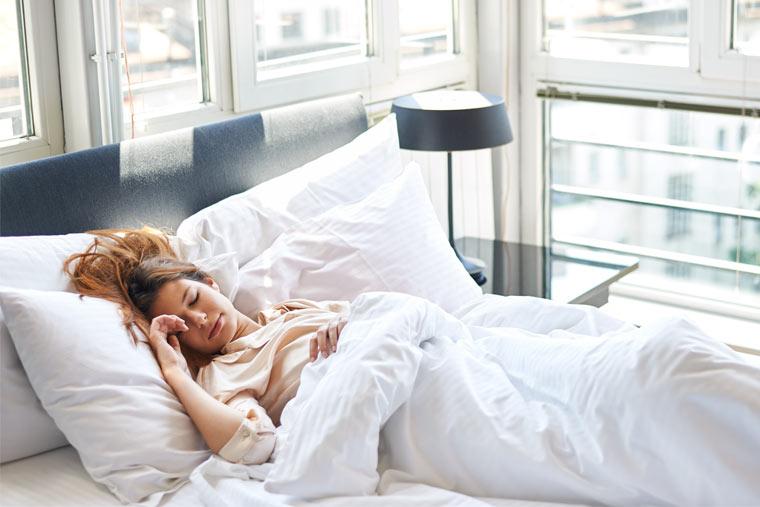 Schlafrhythmus steht in Zusammenhang mit Migräneattacken
