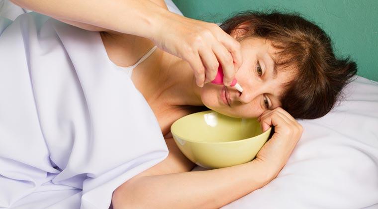 Angenehm sauber und befreit wird die Nase durch tägliches Nase Spülen mit einer Nasendusche.