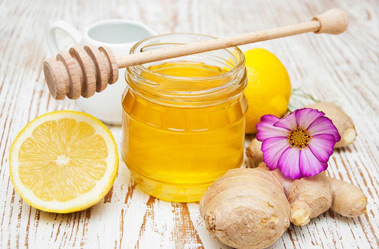 Mit Honig, Ingwer und Co. stärken Sie Ihr Immunsystem.