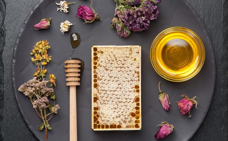 Gynostemma-Rosenblüten-Honig