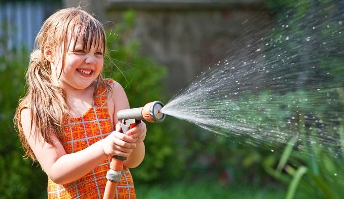 Auch an heißen Tagen einen kühlen Kopf bewahren. © Miredi - Fotolia.com