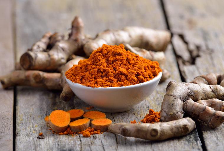 Kurkuma und Curry als Naturheilmittel gegen Migräne