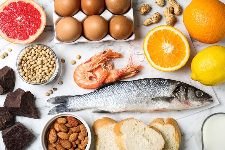 Nüsse, Eier, Soja und Fisch