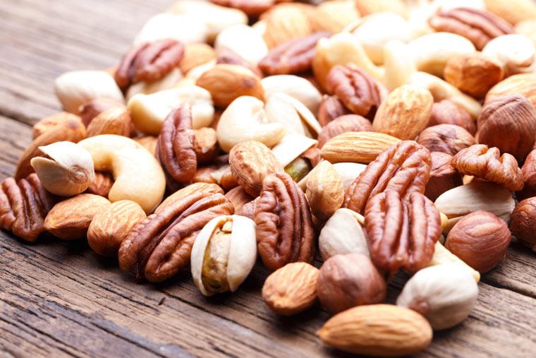 Nüsse enthalten Vitamin E